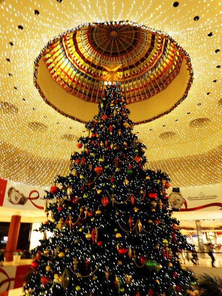 Christmas Tree At South Coast Plaza in Costa Mesa CA