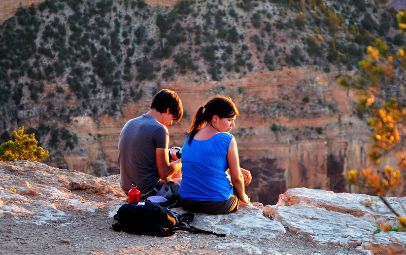 Waiting for Sunset at the Grand Canyon in Arizona100